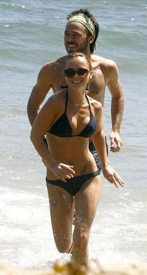 【ポッチ注意】ビーチで「完全に挑発してるなw」って女がこちらwwwwwwwwwwwww(24枚)・20枚目
