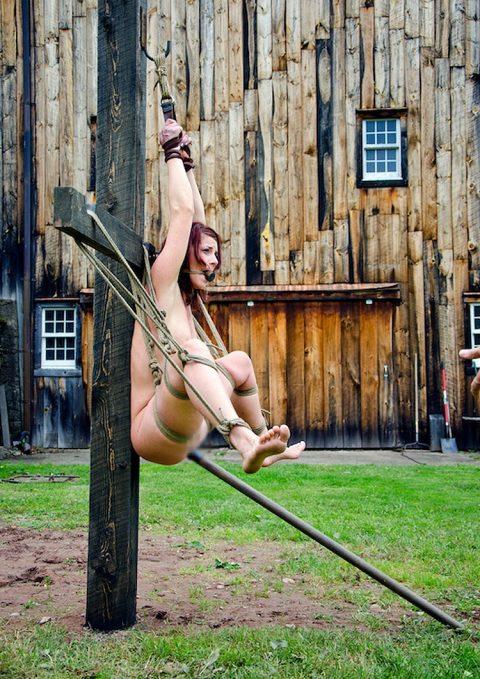 【画像30枚】奴隷として売られた女は例えばこんな目に遭ってますwwwwwwwwwwwwwww・27枚目