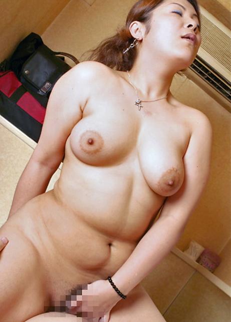 【画像29枚】セックスしてて一番キモチイイ体型って結局これくらいだよな???・23枚目