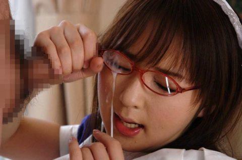 【公衆便所】真面目な眼鏡女子に一度はやってみたいこのプレイ・・・(画像41枚)・29枚目
