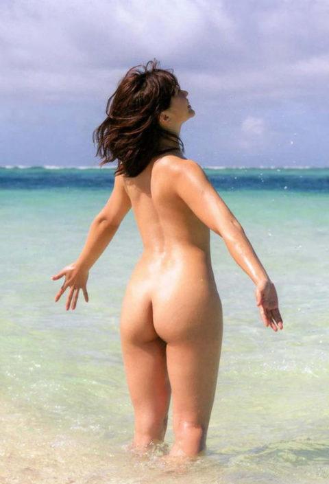 【崖っぷち】フルヌード一歩手前の女性芸能人のギリギリヌード画像集(26枚)・5枚目