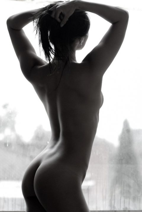 【逆光】必死でマンコを見ようとしてはいけない芸術エロ画像集(30枚)・9枚目