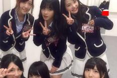 【画像あり】NMB48メンバーオフショットで鏡にお尻突き出してるパンチラが映る!! ← 陰湿なイジメだろこれwwwww