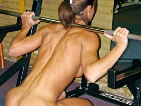 ジムでトレーニングする女たちを裸にしてみた結果wwwwwwwwwwwwwwwwwwwwwwwwww(写真20枚)
