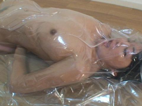 (誰得)女を布団圧縮袋に入れて密封した結果→死ぬやろこれwwwwwwwwwwwwwwwwwwwwwwwwwwww(写真30枚)
