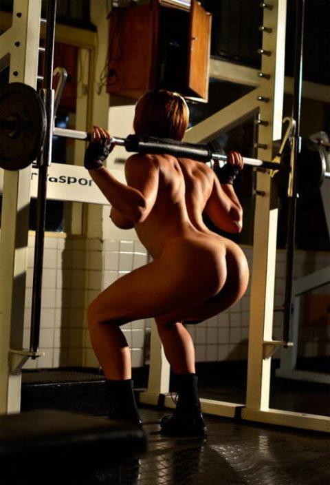 ジムでトレーニングする女たちを全裸にしてみた結果wwwwwwwwwwwww(画像20枚)・13枚目