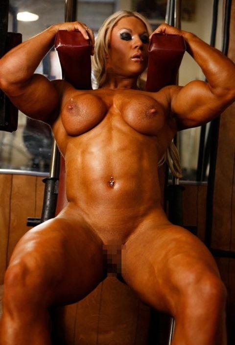ジムでトレーニングする女たちを全裸にしてみた結果wwwwwwwwwwwww(画像20枚)・17枚目