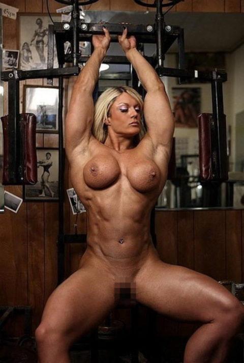 ジムでトレーニングする女たちを全裸にしてみた結果wwwwwwwwwwwww(画像20枚)・19枚目