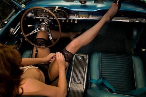 【露出狂初段】全裸でドライブスルー(画像あり)・9枚目