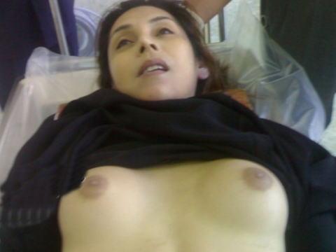 """【閲覧注意】 """"遺体安置所"""" の女性、全てを晒されてしまった結果・・・とんでもない事態に。(画像)"""