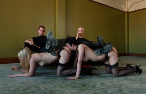 【人間家具】究極のドMのいきつく先がこちら・・・・・・・・・・・・・・(※画像あり)・10枚目