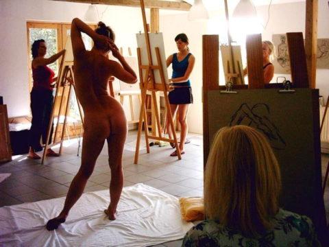 ガチのヌードモデル画像集。オカズにできるか微妙なところ・・・(30枚)・12枚目