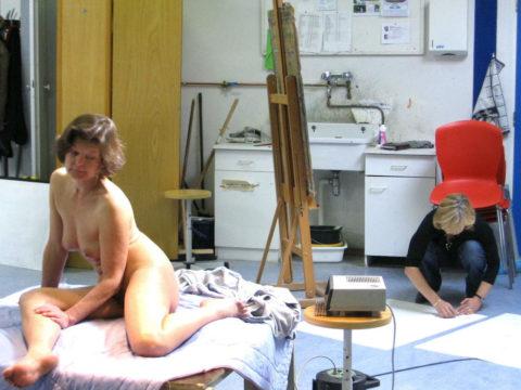 ガチのヌードモデル画像集。オカズにできるか微妙なところ・・・(30枚)・21枚目