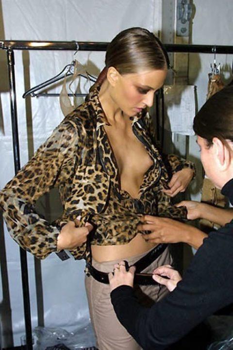 【全裸だらけ】ファッションショーの舞台裏とか撮っていいの?って画像集(30枚)・30枚目