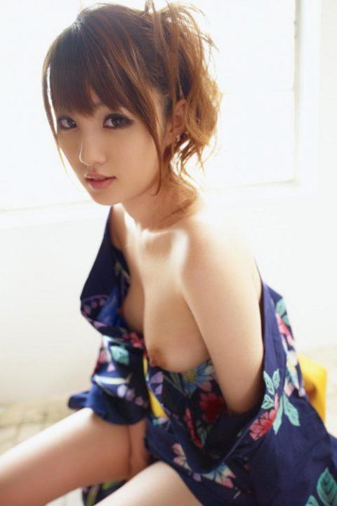 最も日本的だけどリアルではめったに見れない和服のエロ画像集(30枚)・30枚目