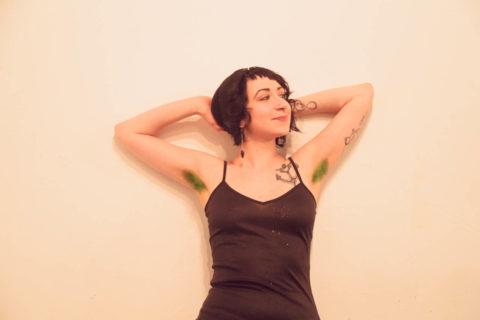 【グロ認定】腋毛カラーリングがアメリカで流行中だと・・・!?(画像28枚)・13枚目