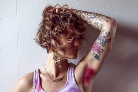 【グロ認定】腋毛カラーリングがアメリカで流行中だと・・・!?(画像28枚)・16枚目