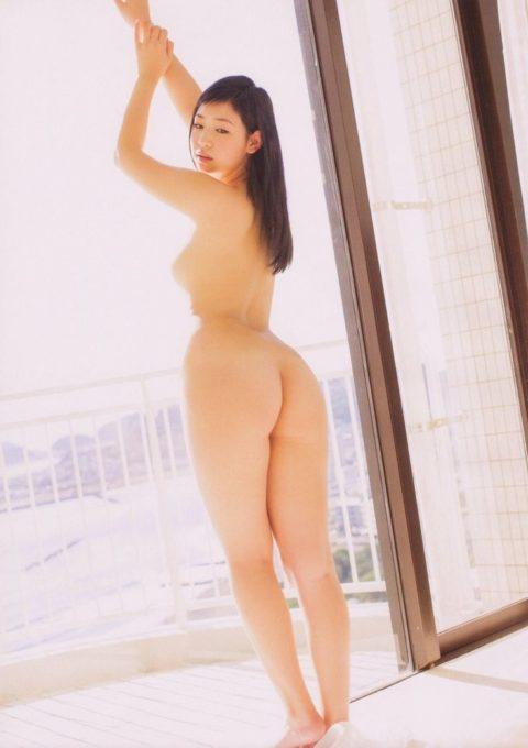 【意外】生尻までOKな芸能人のセミヌード画像集・9枚目
