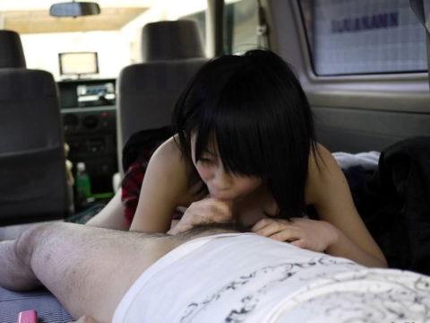【カーフェラ】事故ったら一番恥ずかしい運転中の危険行為がこちら(画像27枚)・7枚目