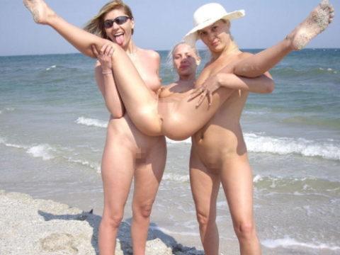 【悪ノリ】ヌーディストビーチで近寄りたくない人たちwwwwwwwwwww(画像30枚)・1枚目