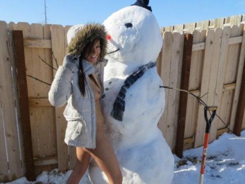 絶対に子供に見せてはいけない大人の雪ダルマ画像集(30枚)・1枚目
