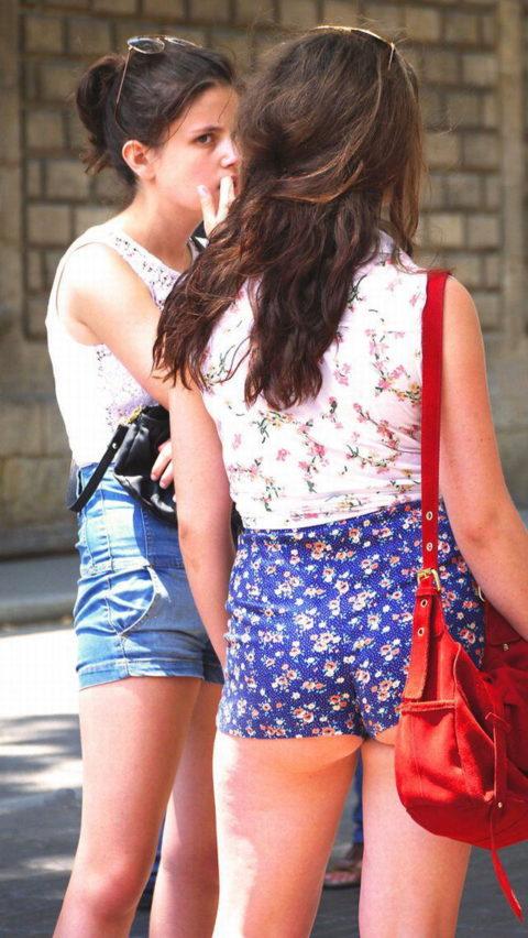 海外のホットパンツ女性の下尻率は異常wwwwwwwwwwwwww(画像30枚)・14枚目