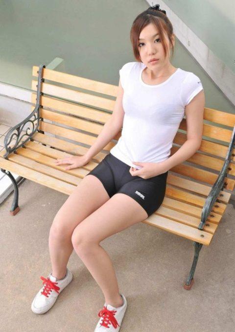 動きやすさを追求するほどエロくなる女子のスポーツウェアwwwwwwwww(画像28枚)・14枚目