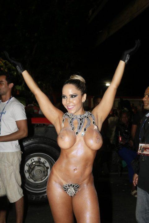 サンバカーニバル、ただの露出狂祭りだった・・・(画像30枚)・16枚目