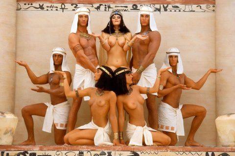 世界の民族衣装のエロ画像集→アフリカ系ポイント高すぎやろwwwwwwwww(27枚)・2枚目