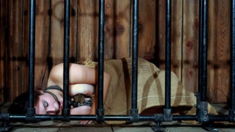 奴隷として買ってきた女たちの末路がこちらwwwwwwwwww(画像30枚)・23枚目
