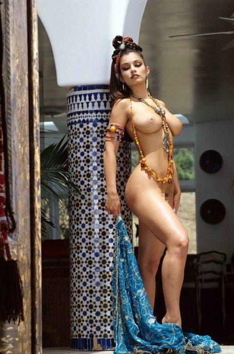 世界の民族衣装のエロ画像集→アフリカ系ポイント高すぎやろwwwwwwwww(27枚)・25枚目