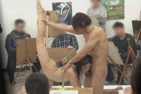 ヌードモデルやってて一番ひどかったポーズがこちら・・・(画像あり)・4枚目