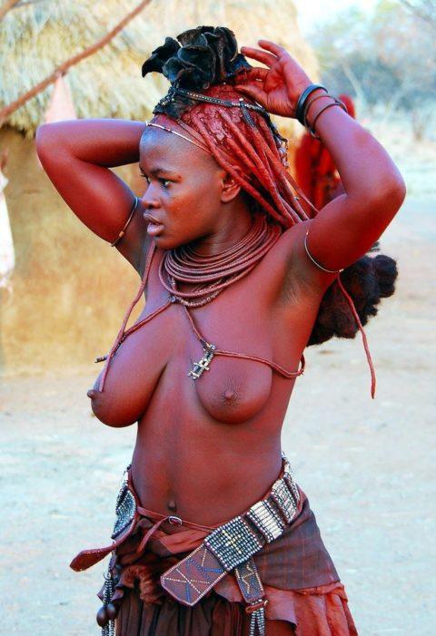 世界の民族衣装のエロ画像集→アフリカ系ポイント高すぎやろwwwwwwwww(27枚)・7枚目