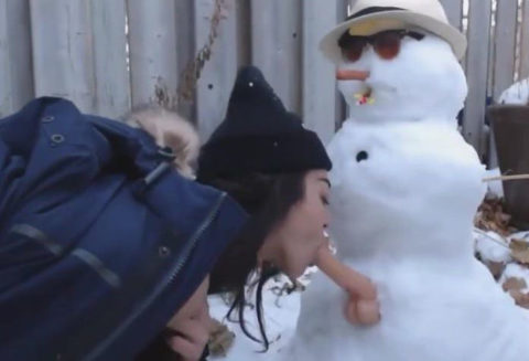 絶対に子供に見せてはいけない大人の雪ダルマ画像集(30枚)・10枚目