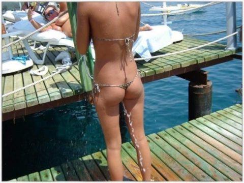 海外ではヌーディストビーチじゃなくても十分楽しめる理由がこちらwwwwwwwww(画像30枚)・14枚目