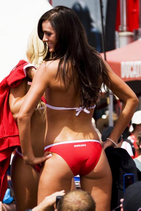 セックスしか連想できない海外キャンギャル・RQのエロ画像集(30枚)・15枚目