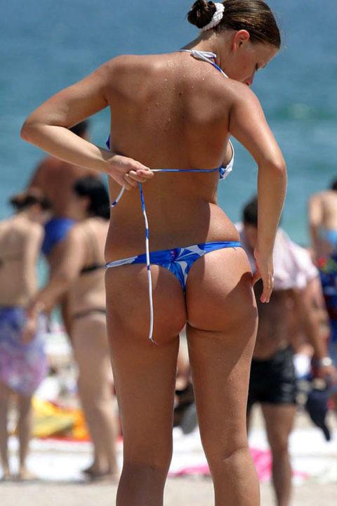 海外ではヌーディストビーチじゃなくても十分楽しめる理由がこちらwwwwwwwww(画像30枚)・21枚目