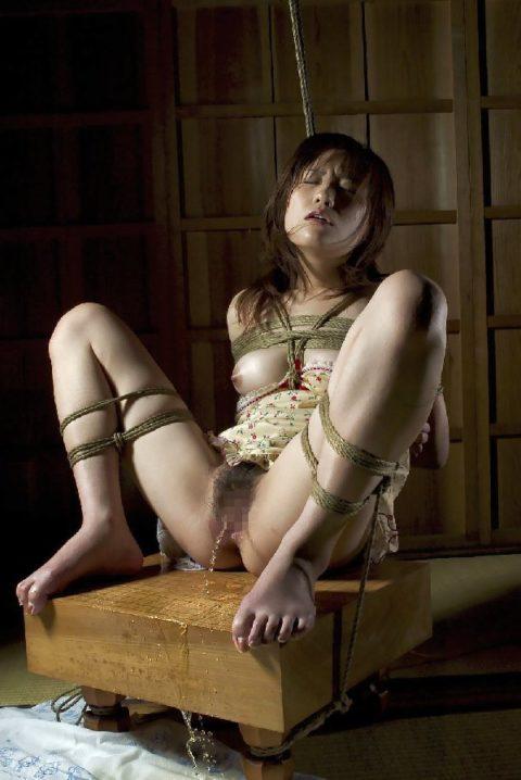 緊縛女子は着衣に限る!!!って画像集(30枚)・23枚目