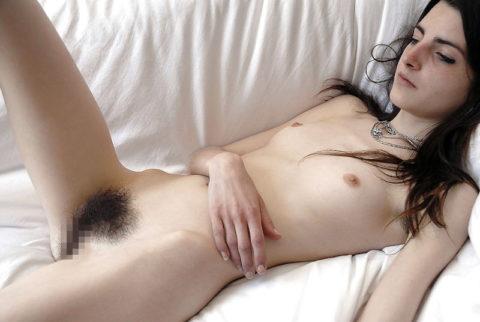 【剛毛女子】マン毛を一切処理しない女たちwwwwwwwwwww(画像30枚)・7枚目