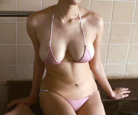 【画像あり】幻の木村沙織のマイクロビキニ姿、ガチで勃起不可避wwwwwwwwwwwwww