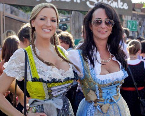 【巨乳限定】エロと伝統の融合、ディアンドルとかいう民族衣装がエロ杉内・・・(画像30枚)・16枚目