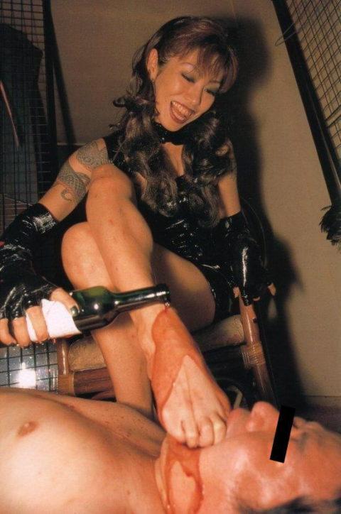 【足舐めプレイ】彼氏がセクロス中に脚の指を舐めてきて困ってます。。。。(画像あり)・6枚目