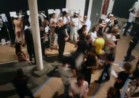 ファッションショーの舞台裏→ご想像通りのパラダイスな件wwwwwwwww(画像30枚)・9枚目