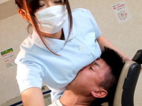 """""""歯科衛生士とおっぱい""""という切っても切り離せない関係性(画像30枚)・1枚目"""