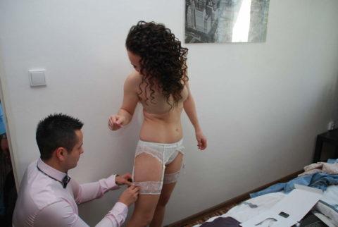 新婦がウェディングドレスに着替え中に写真撮るやつwwwwwwww(30枚)・29枚目