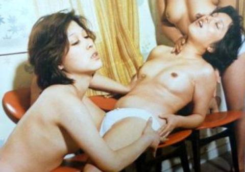 【※エロ画像】昭和の「レズポルノ」全員、聖子ちゃんカットでワロタwwwwwwwwwwwwwww