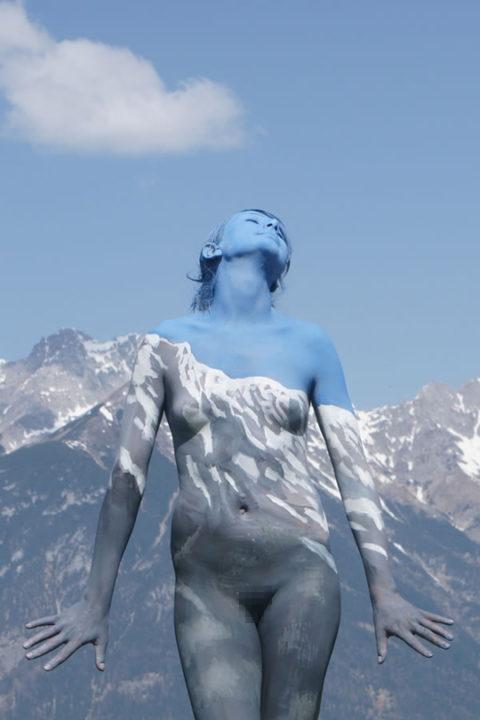 風景の中に隠れた全裸女性を探す画像集(30枚)・10枚目