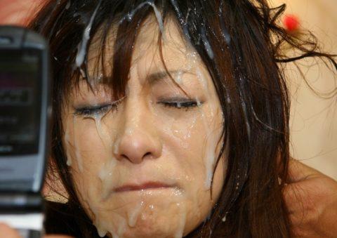 【ブス厳禁】美女しか許されない顔面ザーメンシャワーのエロ画像集(30枚)・12枚目