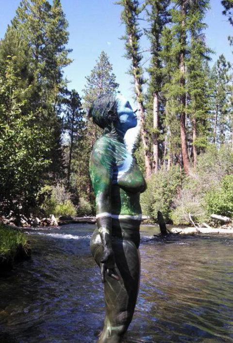 風景の中に隠れた全裸女性を探す画像集(30枚)・19枚目