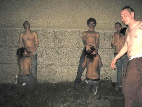 アルコールで性欲が解放された女たちをご覧くださいwwwwwwww(画像26枚)・2枚目